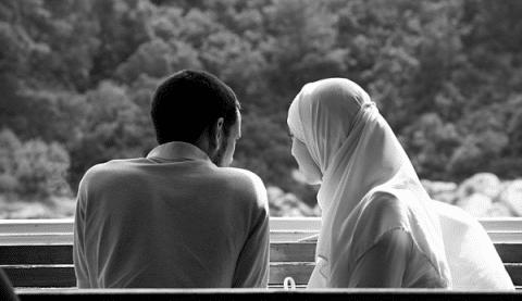 Istri Heran Suaminya Suka Makan Kepala Ayam,Saat Ia Tahu Alasannya,Air Matanya Pun Menetes
