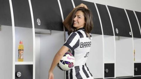 Heboh! CR7 Resmi ke Juventus, Presenter Cantik Ini Rela Tampil Tanpa Busana