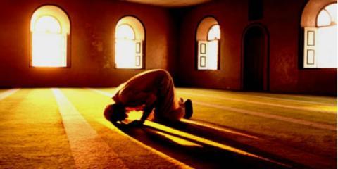 Ini Dia  Hikmah Sholat 5 Waktu Yang Dapat Anda Beritahukan Pada Non Muslim