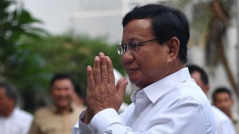 Prabowo Datang Ke Lombok, Tak Disangka! Warga Korban Gempa Malah Teriak-Teriak Begini