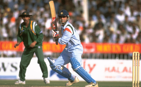 इस भारतीय बल्लेबाज के छक्कों से परेशान थे अंपायर, एक ही मैच में गायब कर डाली थीं 3 गेंदें