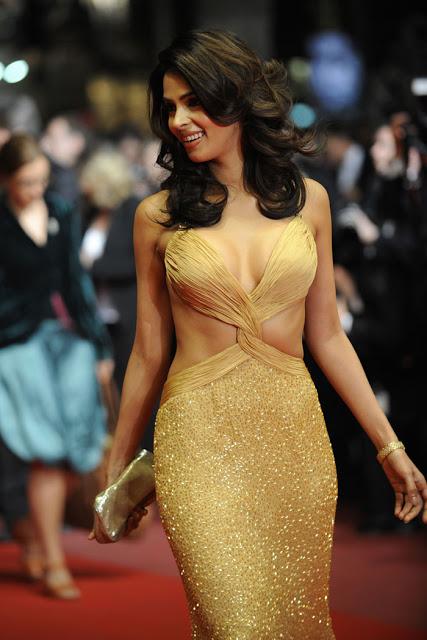 सनी लियोन से पहले ये 41 साल की एक्ट्रेस थी बॉलीवुड की सबसे बोल्ड अभिनेत्री