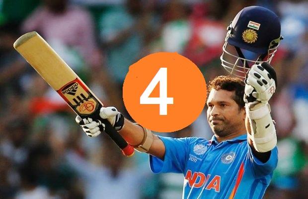 वनडे मैच के एक ही ओवर में सबसे ज्यादा रन बनाने वाले खिलाड़ी, नंबर 3 पर है गेंदबाज