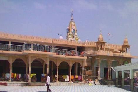 राजस्थान का चमत्कारी मंदिर जहां 7 दिनों में लकवाग्रस्त व्यक्ति हो जाता हैं ठीक, वो भी फ्री