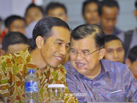 Coba Lihat, Ternyata HP yang Digunakan Jokowi dan JK Beda Jauh Dengan SBY