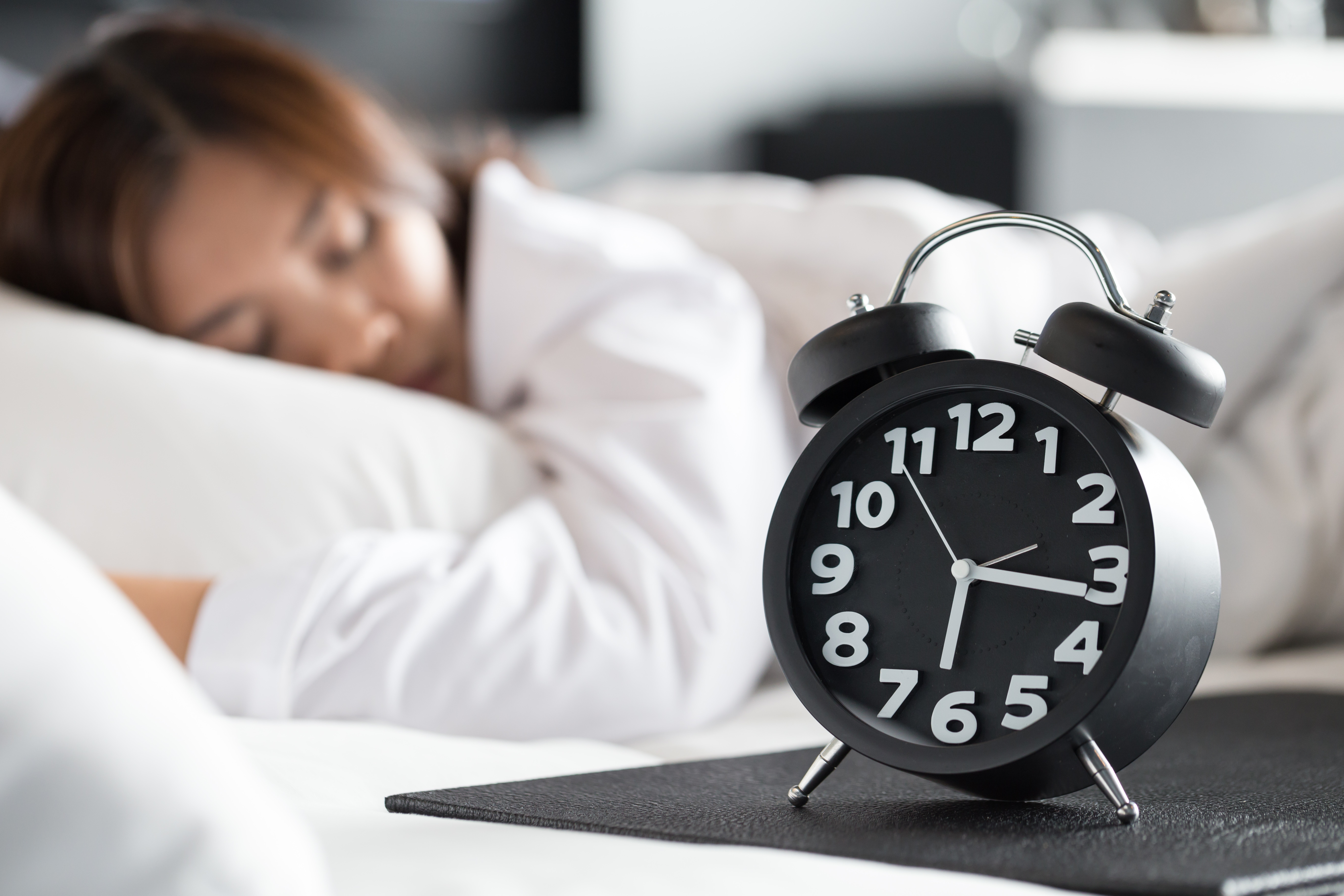 Why 6 hours of sleep may lead to Dehydration?