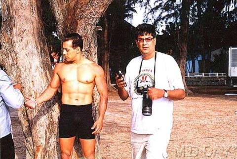 After searching entire internet, we found these rare photos of Salman Khan