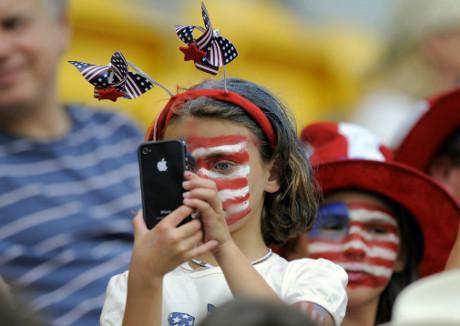 5 Negara Paling Kecanduan Smartphone Di Dunia!