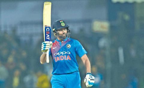 WI के खिलाफ टी-20 सीरीज में हिटमैन रोहित शर्मा के निशाने पर होंगे ये 4 महारिकॉर्ड
