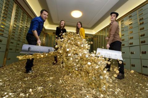 Kaya Raya! Inilah Satu-Satunya Negara Di Dunia Yang Gemar Membuang Emas Setiap Tahunnya
