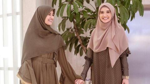 Deretan Hijab Syar'i Ala Para Wanita Cantik Untuk Kondangan Sampai Hangout
