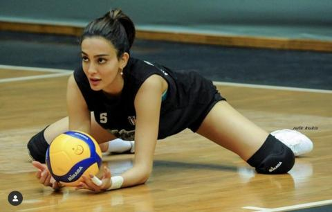 She is one of the gorgeous Volleyball player in the world
