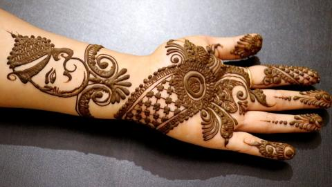 Try These Ganesha Inspired Mehndi Designs On This Ganesh Chaturthi